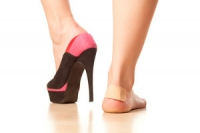 What are the Disadvantages of Wearing High Heels?