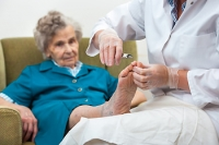 How Elderly Folks Can Maintain Proper Foot Conditions